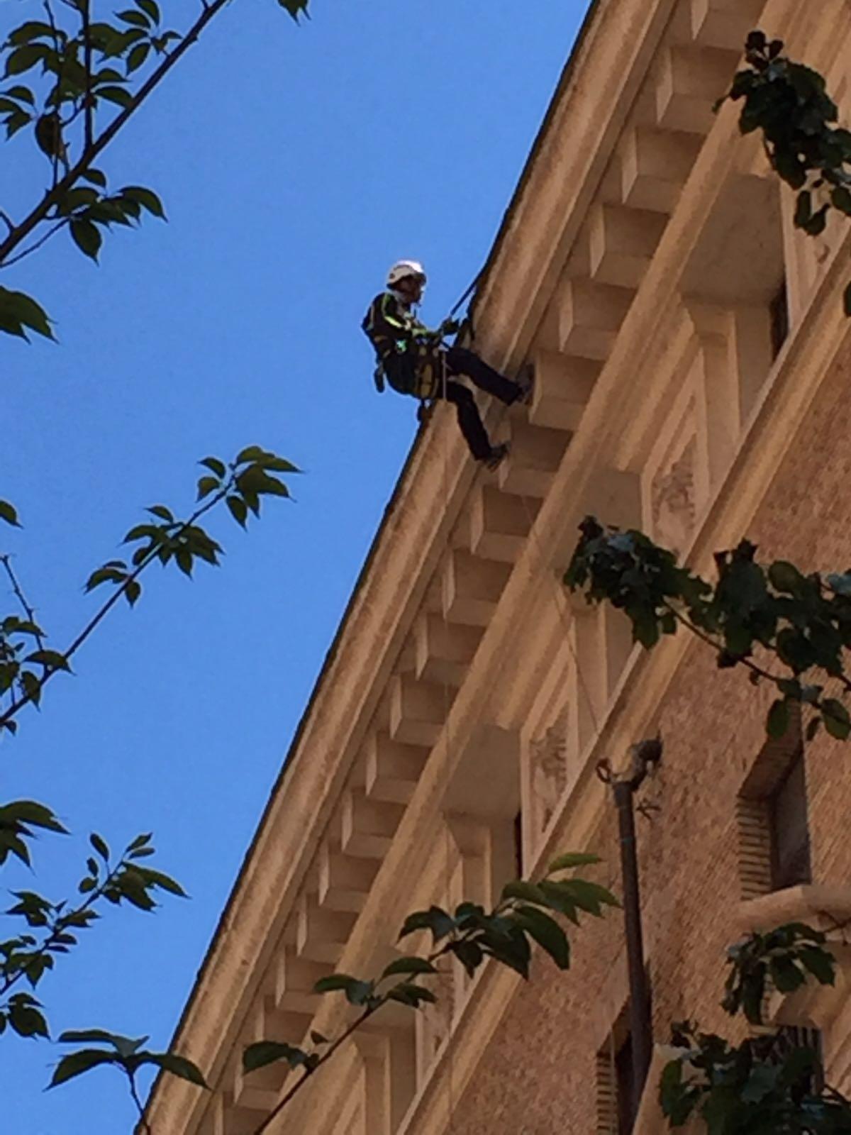 SIGILLATURA TUBAZIONE VIA VENETO GRAND HOTEL PALACE (1)