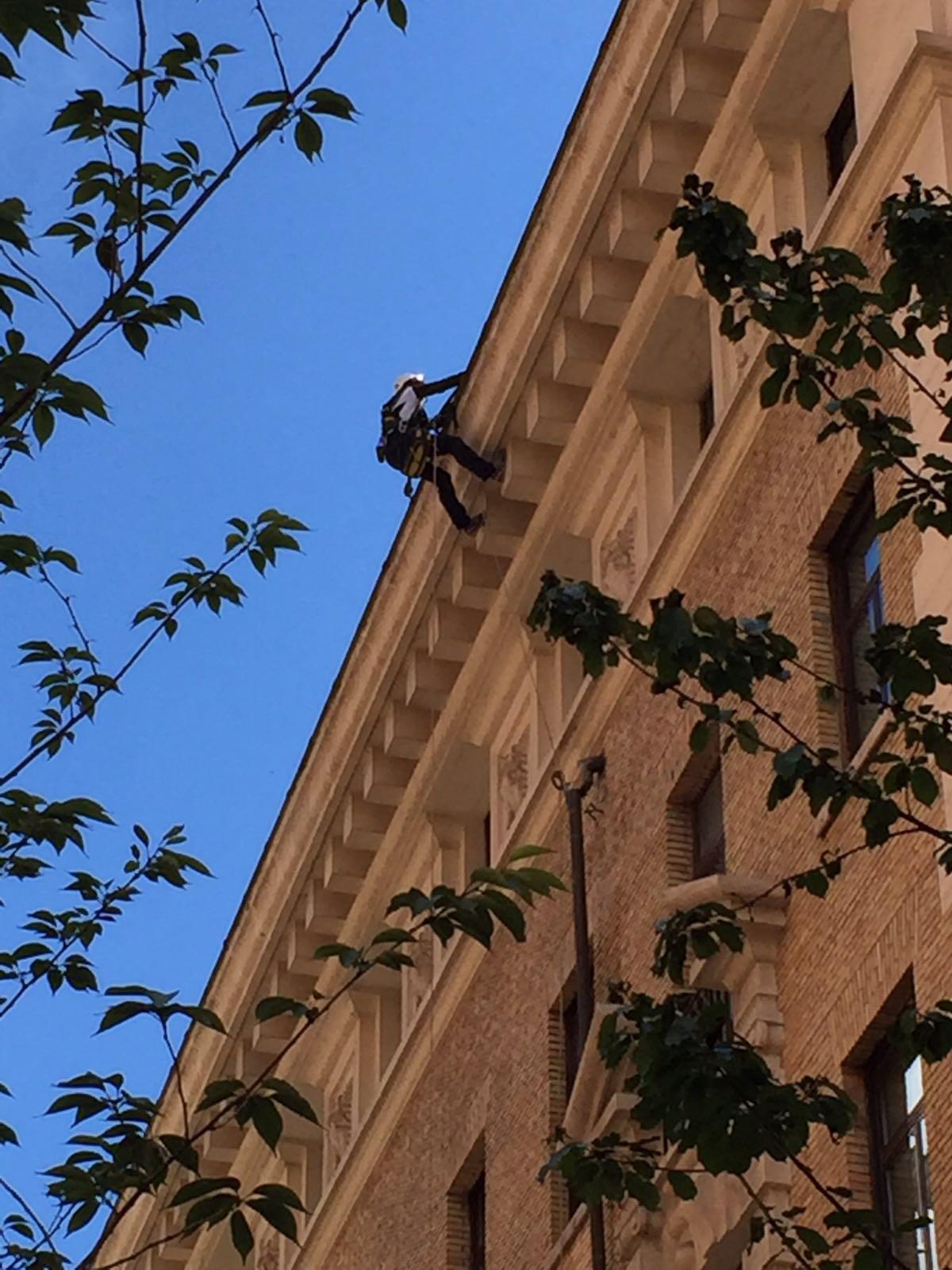 SIGILLATURA TUBAZIONE VIA VENETO GRAND HOTEL PALACE (3)